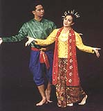 Southern Thai men's and women's dresses